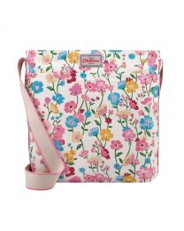 Park Meadow Zipped Messenger Bag